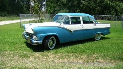 1955 FORD Fairlane Town Sedan with Original 6 Cyl. Engine, Ford-O-Matic Auto Transmission, Family Owned since new, runs &drives great. VIN A5ET191202