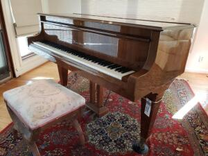 BOSENDORFER Grand Piano - A beautiful first-rate instrument, Recently tuned. Built in approx. 1986, and considered one of the higher quality pianos