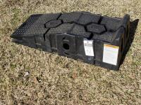"RHINO-GEAR RhinoRamps MAX Vehicle Ramps - Set of 2 ""16,000lb"