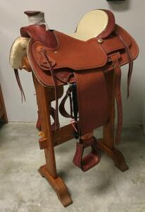 Gorgeous Leather Work Custom-Made Saddle by Famed Saddle Smith Dale Fredricks Number 22705, & Custom-Made Saddle Stand by Tom Champion Sedona Arizona