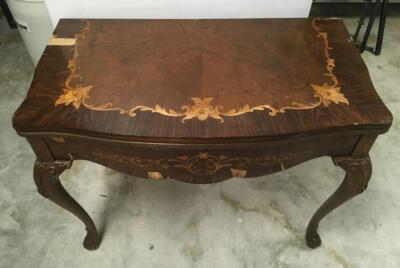 Vintage Queen Anne Folding Game Table with a WATERTOWN Slide System and Beautiful Veneer Inlay Floral Border, Some of the Veneer Is Missing or Chippin