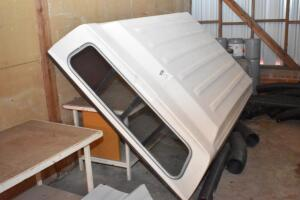 "Fiberglass Camper Top, late 70's & early 80's CHEV. ""square body"". PLEASE VIEW ALL PHOTOS"
