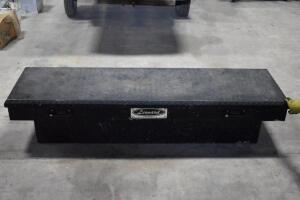 LEONARD Aluminum Truck Bed Tool box. PLEASE VIEW ALL PHOTOS