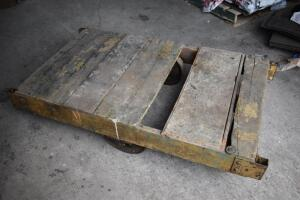 Very early / antique Wood Tobacco Warehouse 4 wheel Cart. PLEASE VIEW ALL PHOTOS