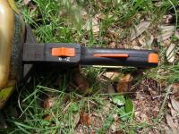 STIHL HS80 Double Sided Hedge Trimmer 33 in. Good Working Condition This gas-powered hedge trimmer boasts less weight and greater fuel efficiency - 5