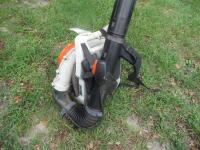 "STIHL BR 800 SEGC 4-Mix Backpack - Runs Great! ""American-built"" BR 800 is the ideal machine for professional landscaper with a 4.4 bhp engine - 4"