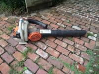 STIHL SH 56C Gas-Powered Shredder Vac/Leaf Blower; weighing 11.5 lbs. Two stroke engine with a fuel ratio 50:1 Easy 2 Start System Works Great! - 6