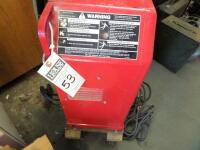 LINCOLN ELECTRIC AC/DC 225/125 Arc Welder - Input Current - 50A Output Current 40-225A AC Net Weight: 96 lbs. DIMENSIONS 24 in x 17.25 in x 12 in - 2