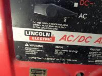 LINCOLN ELECTRIC AC/DC 225/125 Arc Welder - Input Current - 50A Output Current 40-225A AC Net Weight: 96 lbs. DIMENSIONS 24 in x 17.25 in x 12 in - 6