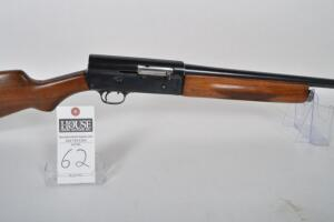 REMINGTON Model 11 Autoloader 5-shot, 12 ga., Semi-Auto, 26 inch barrel, blued barrel and receiver. Wood stock and forearm. Mfd. 1948, Serial # 200099