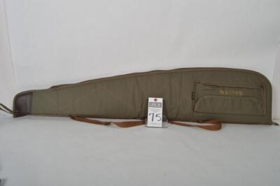 ALLEN gray nylon scoped rifle case. Measures 47 inches. Overall excellent condition