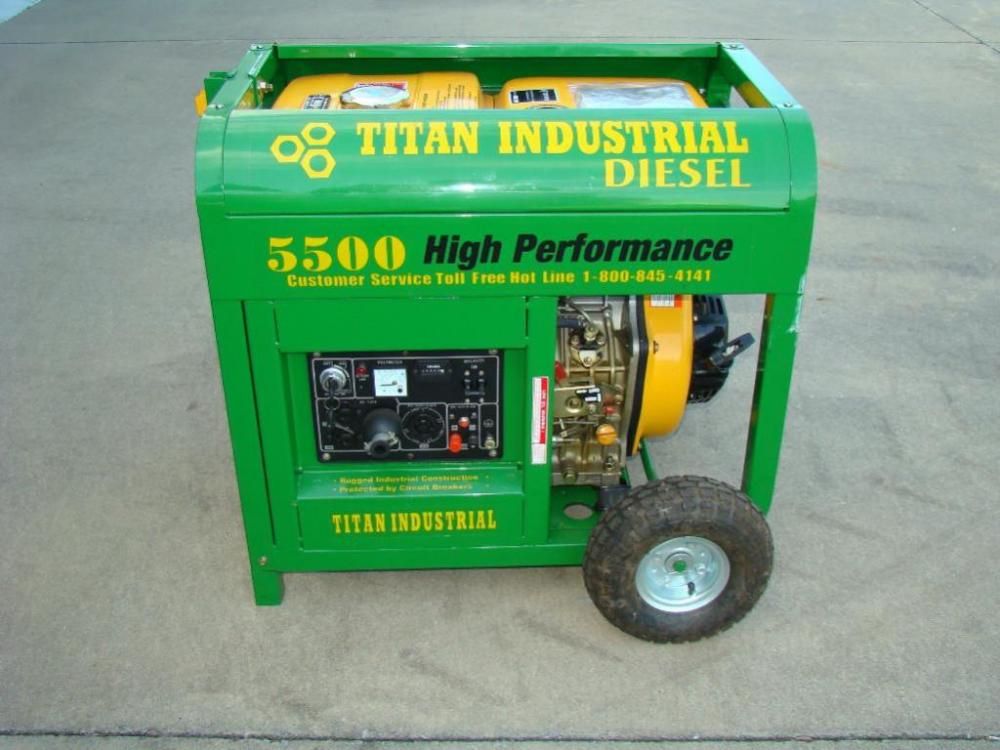 TITAN Industrial Diesel 5500 High Performance Generator Electric Start LIKE NEW Never Used With All Manuals